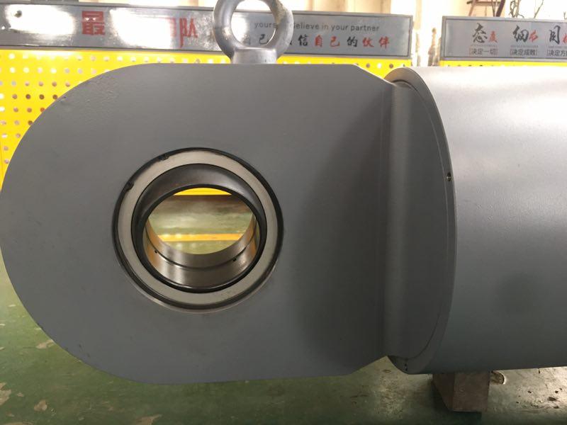 阻尼器液压缸